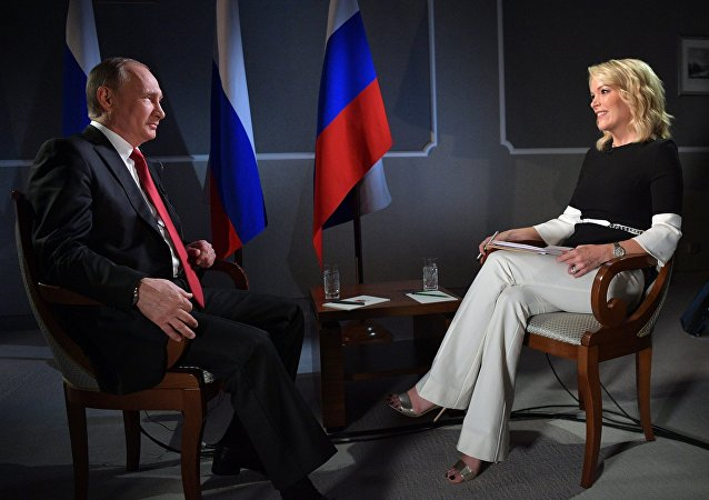 NBC電視台主持人談採訪普京:鏡頭後的他和藹可親,面帶微笑,愛開玩笑
