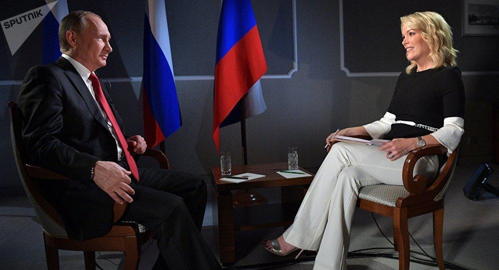 曾采访过普京的主持人将拿着3000万美元的赔偿金离开NBC电视台