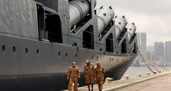 俄太平洋舰队舰艇与文莱海军在南海举行联合演习