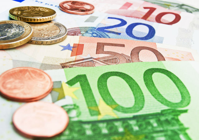 俄外貿銀行向中國華信提供50億歐元貸款