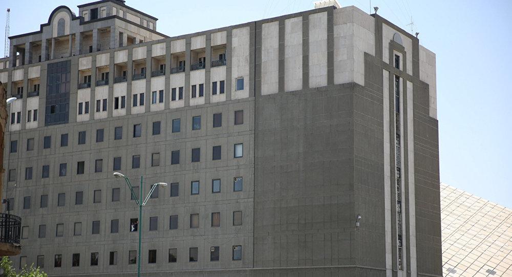 伊朗议会大厦枪击事件