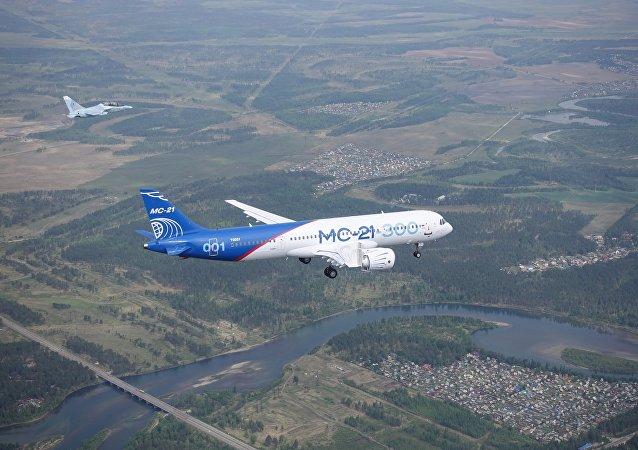 俄工贸部:MС-21客机或将于2018年登上国际舞台