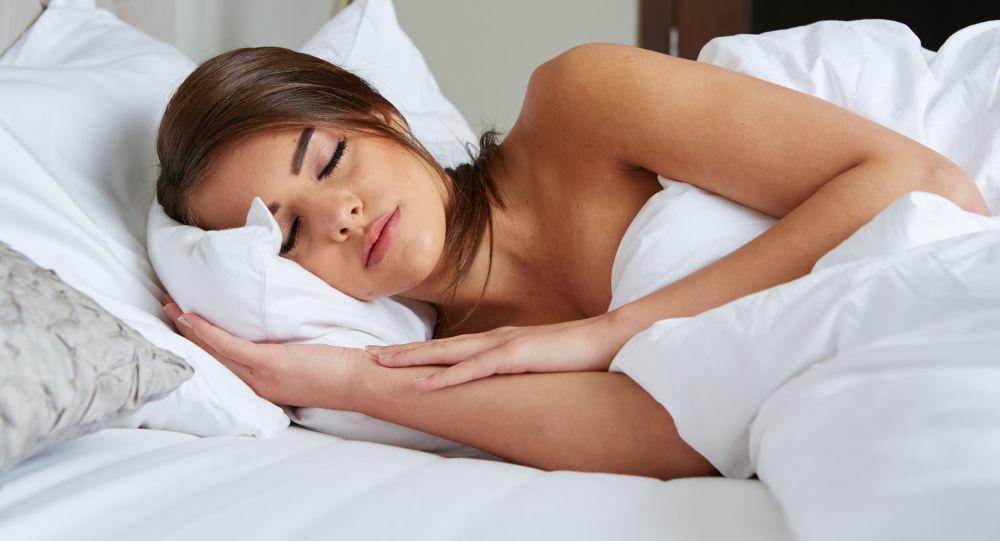 科學家揭示不在全黑環境下睡覺的危害