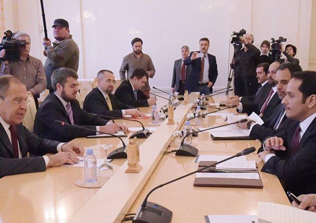 俄外長:俄羅斯不干涉他國事務 主張就卡塔爾問題進行對話