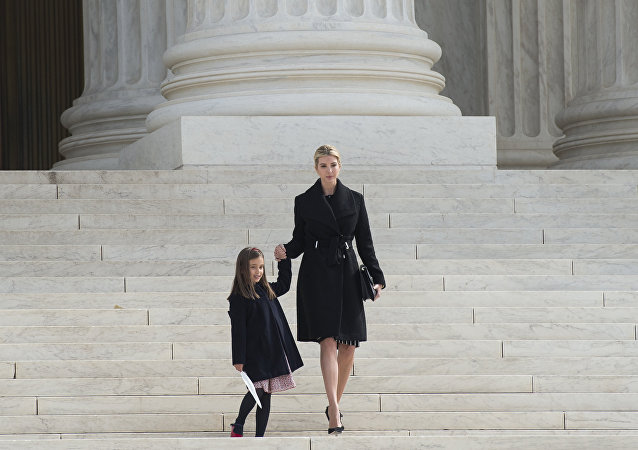 伊萬卡∙特朗普和她的女兒阿拉貝拉