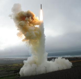美国将多管火箭炮系统从约旦部署到了叙利亚南部