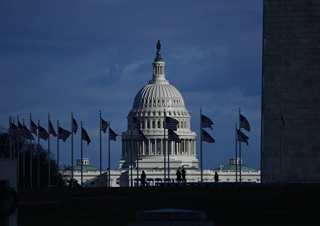 媒体:美国酝酿对华新制裁