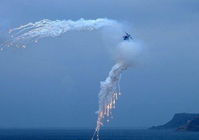 美国直升机降落驻日训练基地后起火