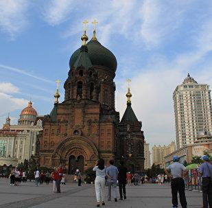 中国哈尔滨迎接2019年世界大学生冬季运动会圣火