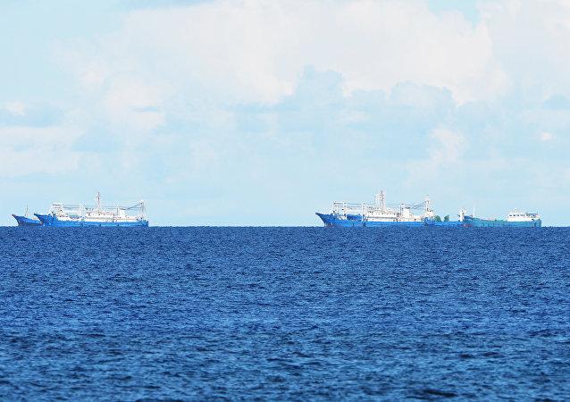 中国船只涉嫌在公海向朝鲜船只输送石油的报道不符合事实