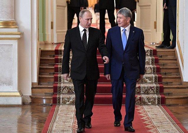 普京:俄罗斯在吉尔吉斯斯坦的军事基地保障中亚地区的安全