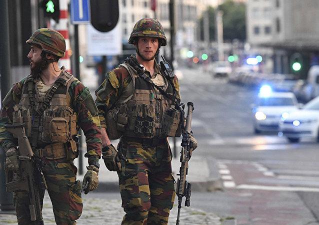 在比利時的軍事巡邏將延期至8月2日