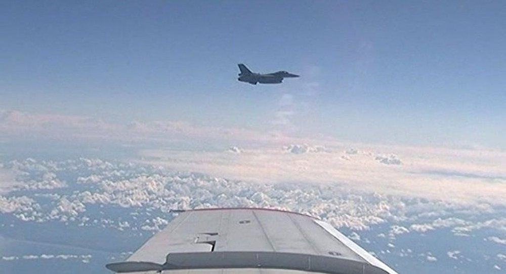 北約飛機一晝夜間第二次在波羅的海上空跟隨俄防長座機