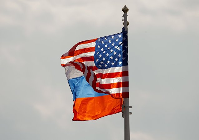 俄美兩國防長於新加坡舉行首次會晤