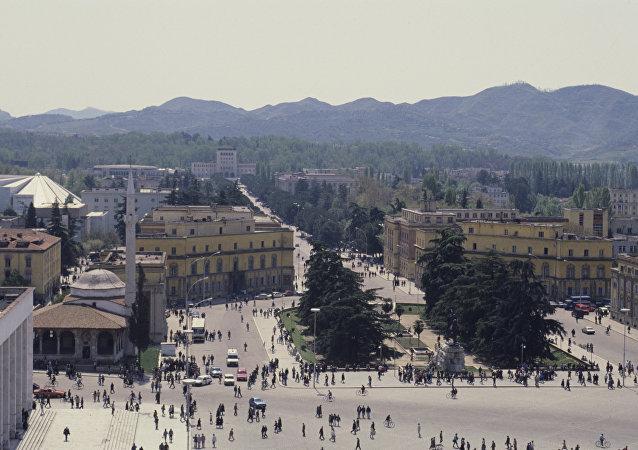 地拉那(阿尔巴尼亚首都, 区首府)