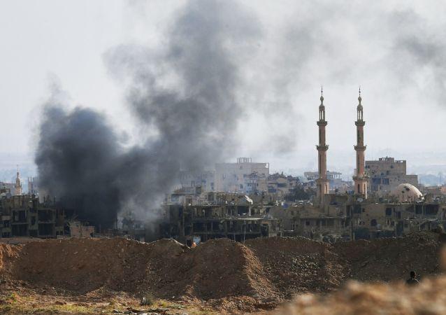媒体:20人在叙利亚代尔祖尔遭受到的联盟袭击中死亡