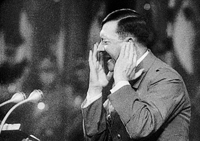 阿道夫∙希特勒