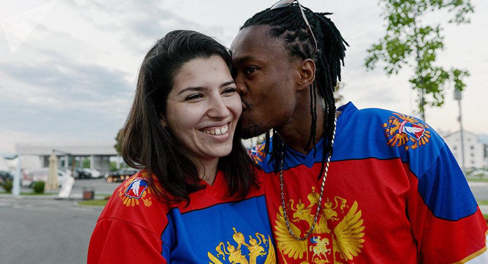 足球联合会杯客人:杰尔麦恩·弗朗西斯,牙买加