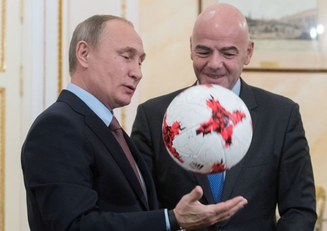 普京称将与FIFA主席在索契举行会谈