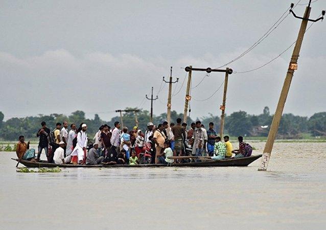 媒體:印度東北部嚴重洪災造成至少23人死亡