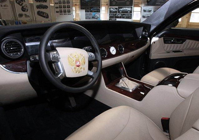 """克宫:普京满意""""车队""""项目的新汽车"""