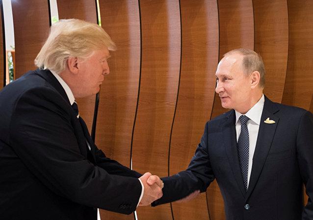 特朗普前往亞洲巡回訪問時或與普京會面