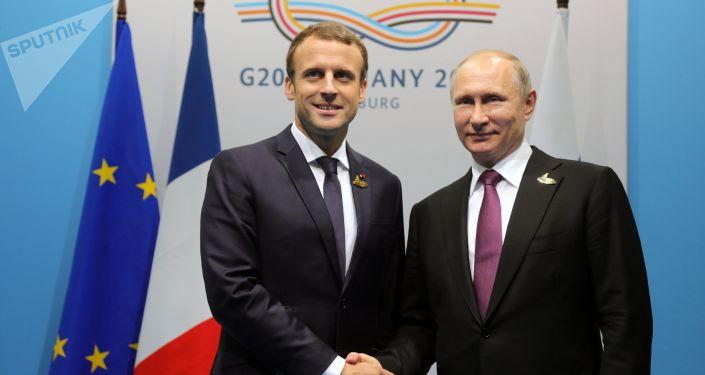 馬克龍與普京通電話希望俄羅斯取得政治現代化成功