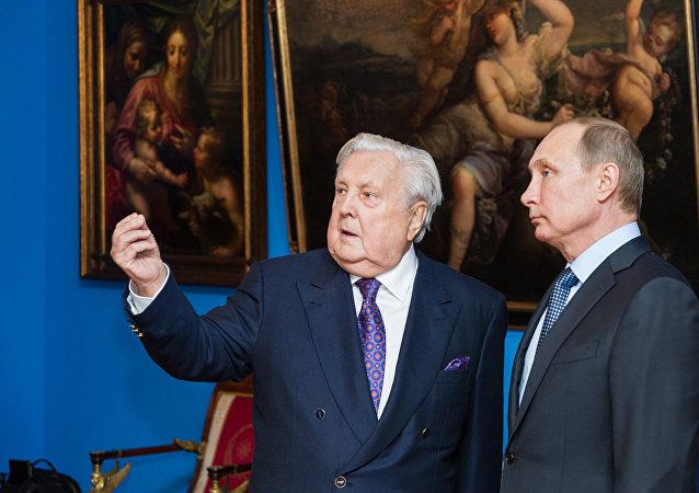 俄羅斯總統普京和著名畫家伊利亞·格拉祖諾夫/資料圖片/
