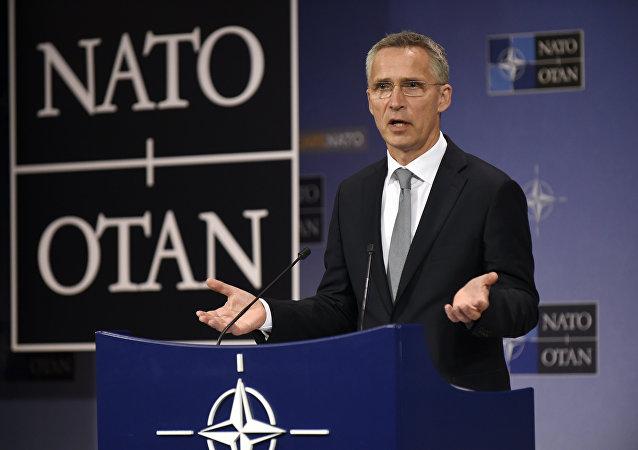 北约秘书长:北约不寻求孤立俄罗斯或者中国