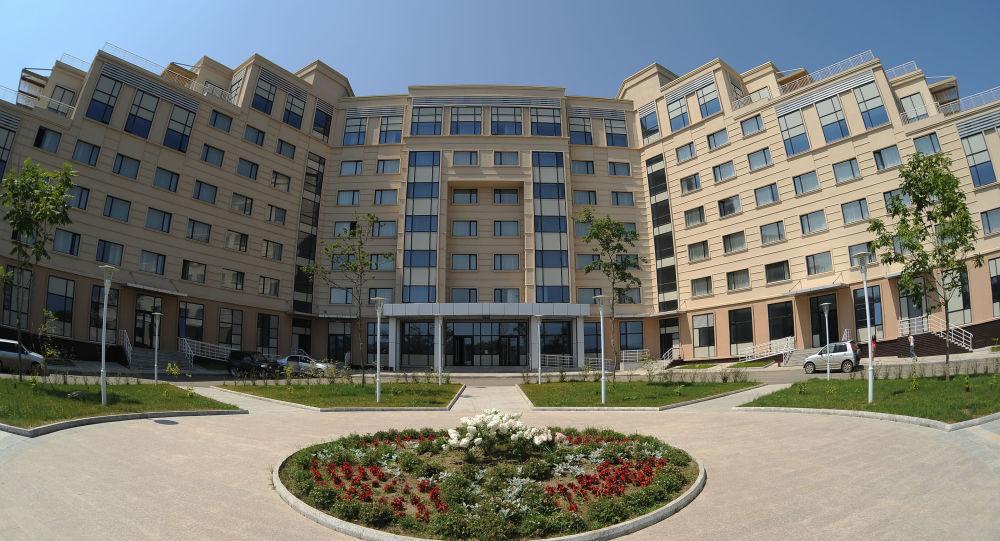 15国大学生首次进入俄远东联邦大学学习