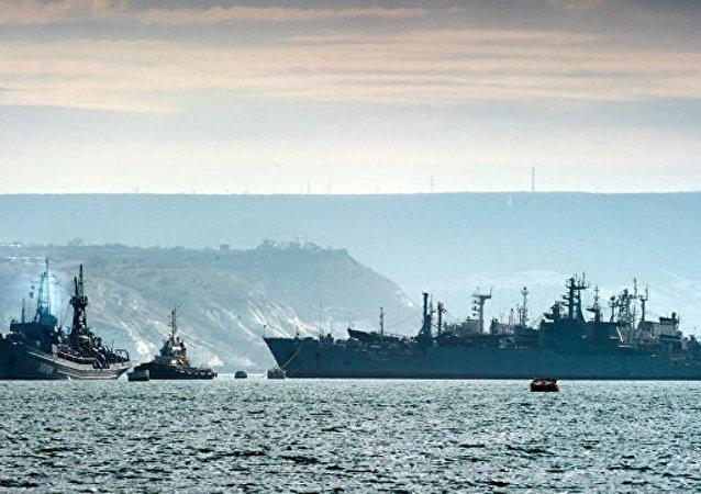 在克里米亚开始了对黑海舰队的战备检查