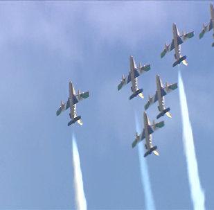 俄羅斯週六舉行莫斯科航展訓練飛行