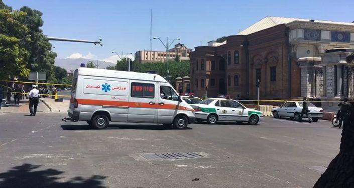 伊朗救护车