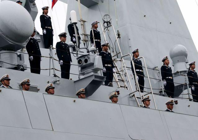 中国海军舰艇编队抵达印尼参加科莫多-2018多国联演