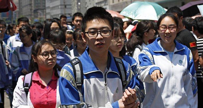 中國2018年高考今天大幕拉開 全國975萬學子趕考