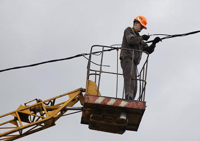 乌克兰全面停止向巴斯地区供电