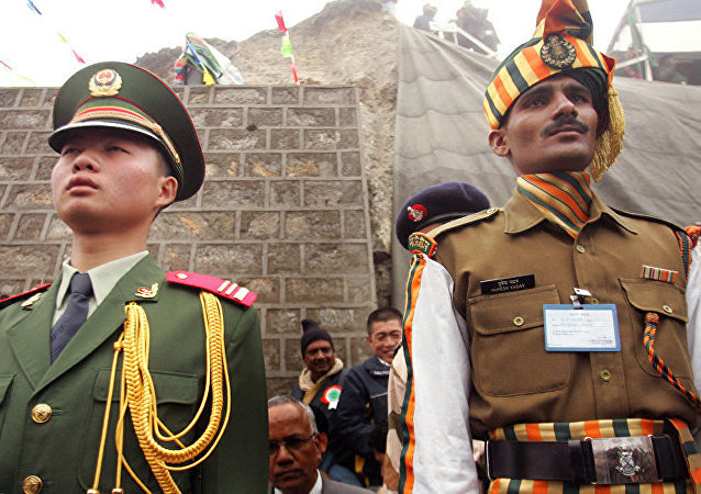 印度专家:印中军事演习是缓解两国紧张关系的重要一步