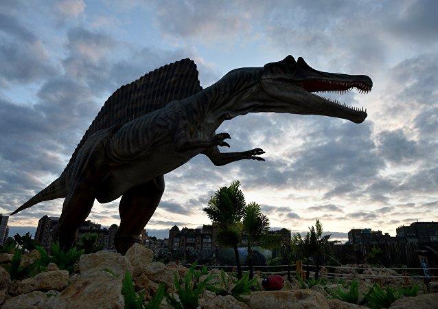 科学家揭示恐龙灭绝原因