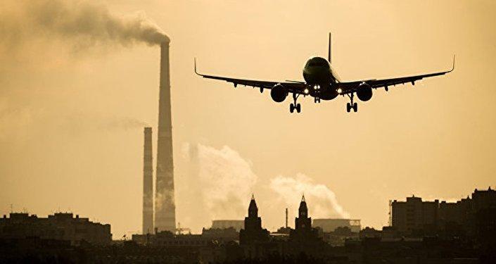 没有在紧急降落敖德萨的航班上发现爆炸物