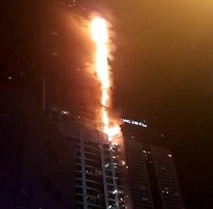 迪拜起火大樓