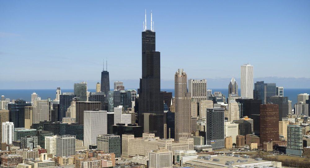芝加哥摩天大楼电梯从95层坠落 被困人员成功获救