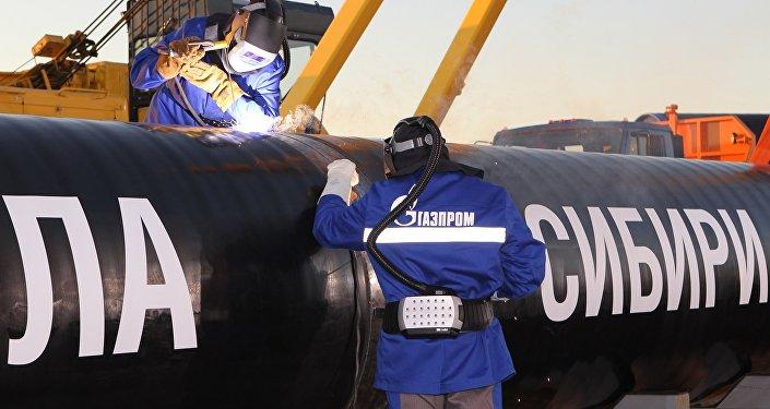 """俄气称""""西伯利亚力量""""输气管道建成了75.5%"""