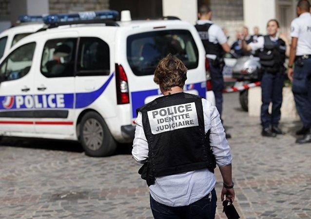 巴黎警方展开特别行动
