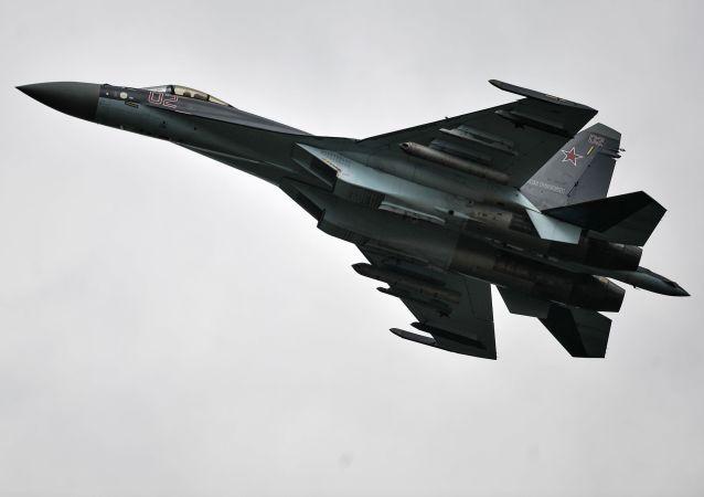 俄罗斯苏-35战机