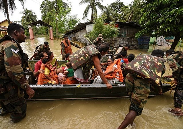 印度北部洪水造成至少16人死亡