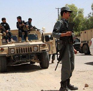 塔利班在阿富汗發動襲擊造成至少22名軍人喪生