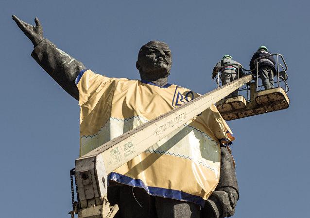 乌克兰所有城市内的列宁像已全部被拆除