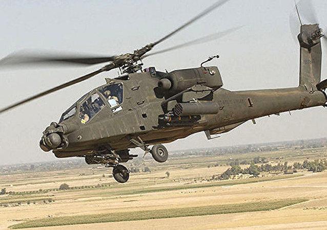 """AH-64""""阿帕奇""""直升机"""