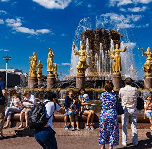 莫斯科市长:2019年莫斯科游客量有望突破2400万人
