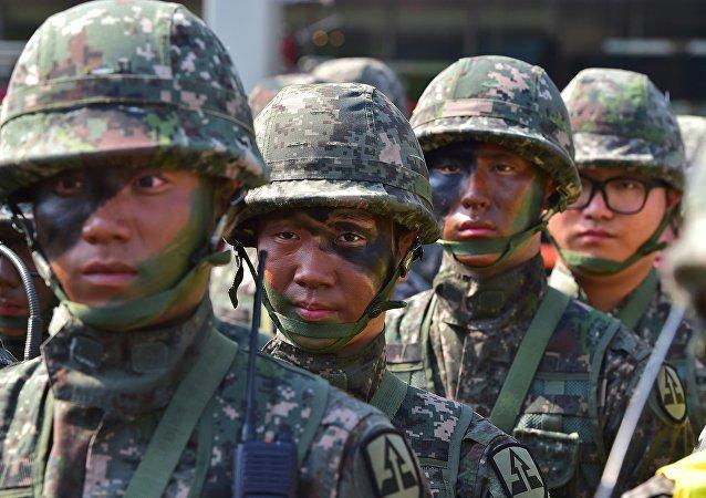 美韩举行首次短程防空演习